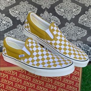 VANS CLASSIC SLIP ON CHECKERBOARD OLIVE OIL MEN'S